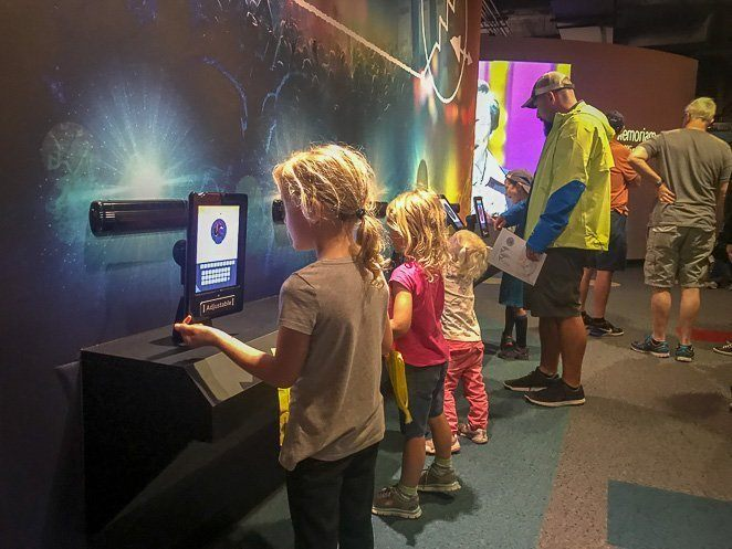 Country Music Hall of Fame and Museum Interactive Screens_