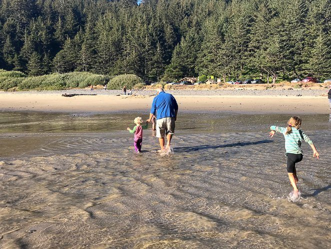 Bring a Change of Clothes for the Beach - Oregon coast with kids_