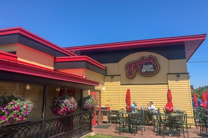 Where to eat in Duluth MN - Grandam's Restaurant