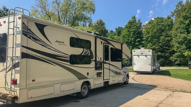 RVing for dummies - will you tow or be towed