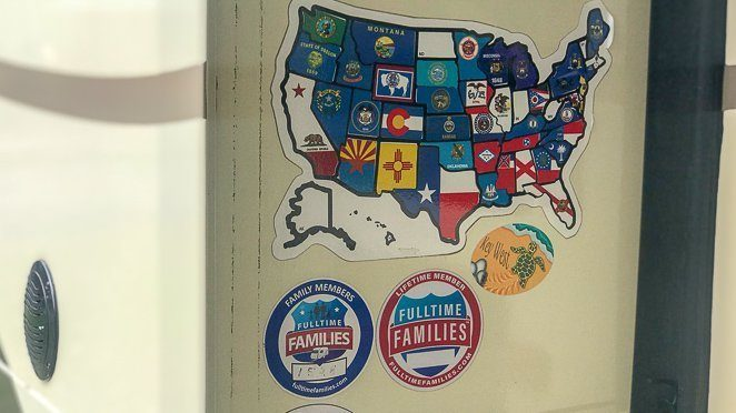 RVing tips - look for the map and Fulltime Families stickers