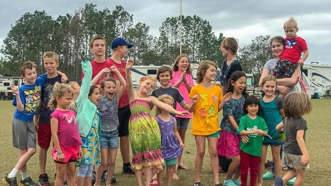 RVing with kids - making friends as a full time RV family