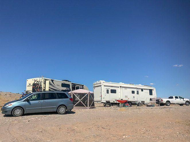 Boondocking Guide- All you need to know about Dry Camping