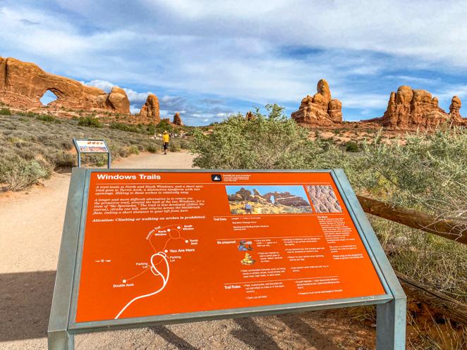 Windows Trails Arches National Park