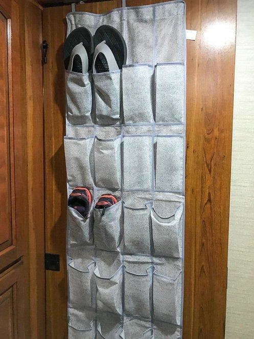 Show organizer over the bathroom door holder