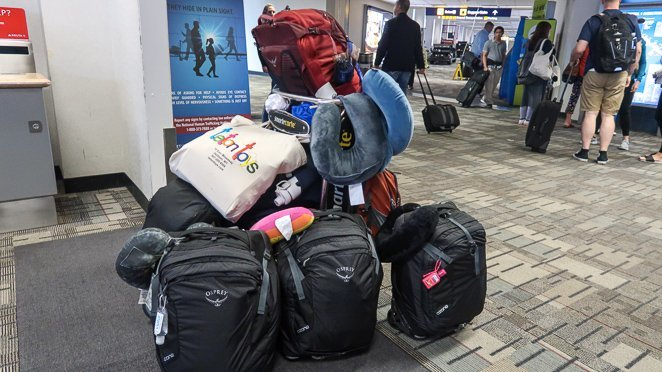 Bags in airport - family of 6