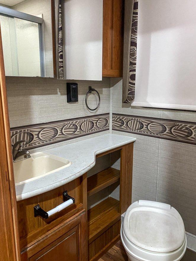 RV bathroom - keep your tanks clean