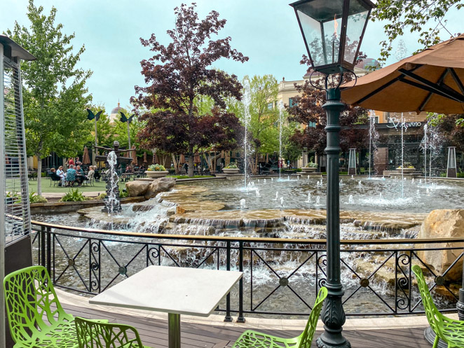 Outdoor Seating near the fountain at Royal Coffee Co in Meridian