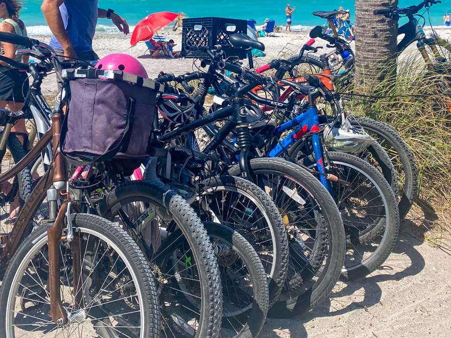 Things-to-do-in-Venice-Florida-Bike-to-the-Beach